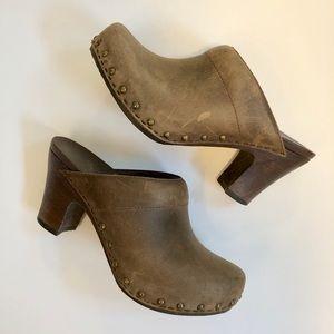 Dansko Women's Taupe Rae Heel Clog 36